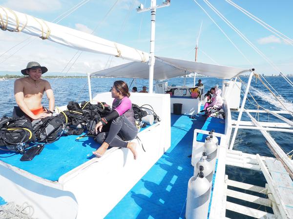 フィリピン船上_200210_0032.jpg